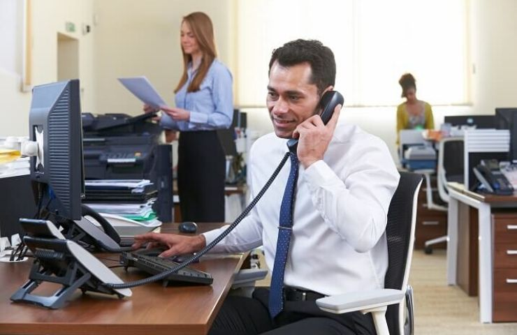 6 Tips for Becoming a Great Administrative Assistant - Florida Career College